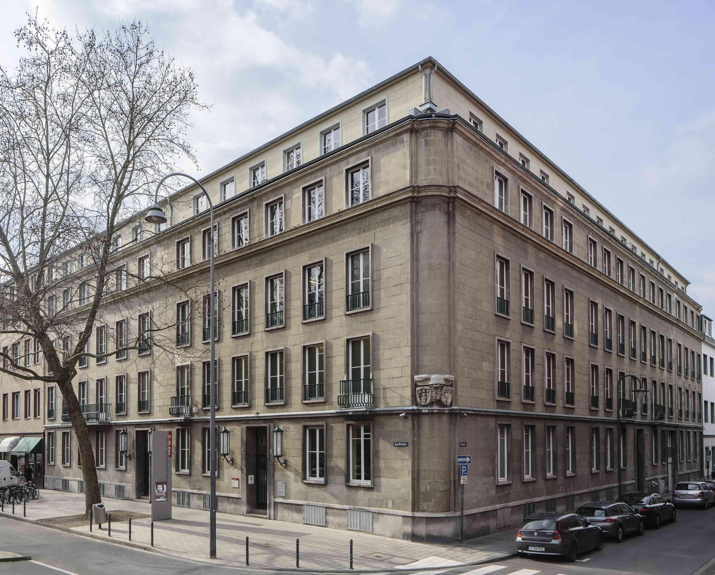 Zeitgeschichte Frauen Union Hennef besucht EL DE Haus in