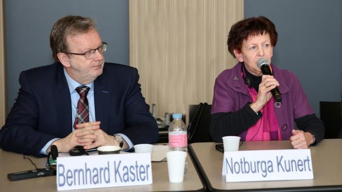 Notburga Kunert beim Zweiten deutsch-französischen Kommunalkongress in Paris