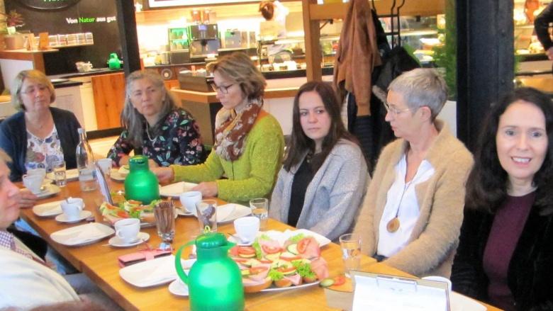 Frühstück mit der Frauen Union Neunkirchen-Seelscheid: Lisa Winkelmeier-Becker beantwortet Fragen