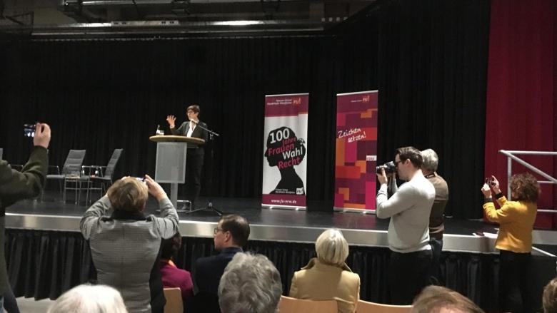 Annegret Kramp-Karrenbauer in der Jungholzhalle: Viel erreicht, noch viel zu tun!