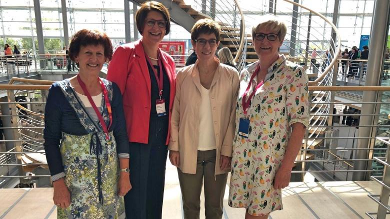 Begegnung mit Annegret Kramp-Karrenbauer beim Bundesdelegiertentag in Leipzig