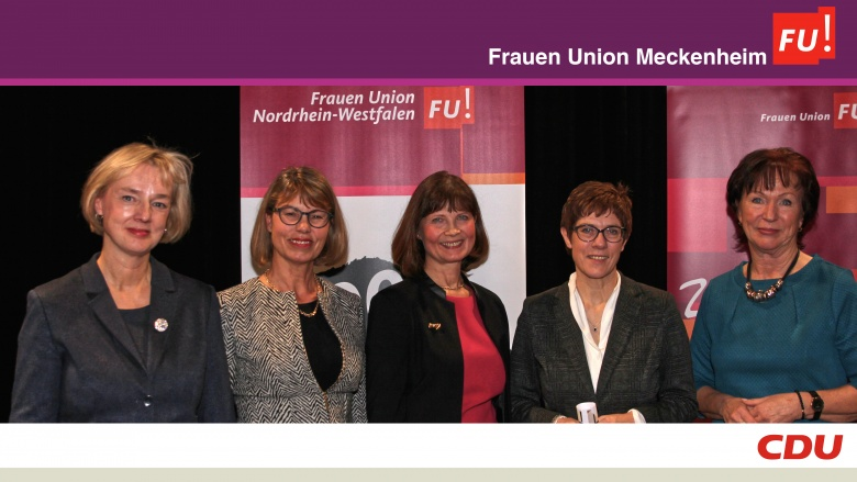 Das Vorstandsteam der Frauen Union Meckenheim mit der neuen CDU-Bundesvorsitzenden