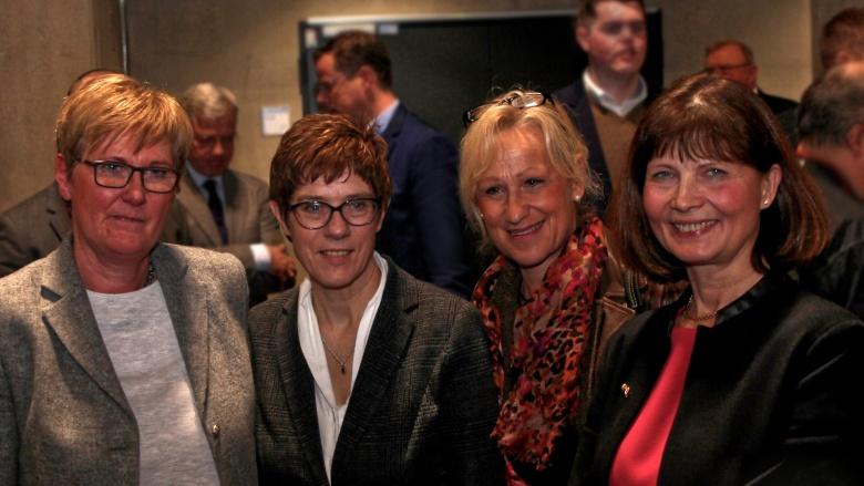 Martina Engels-Bremer, Annegret Kramp-Karrenbauer, Monika Grünewald, Sabrina Gutsche