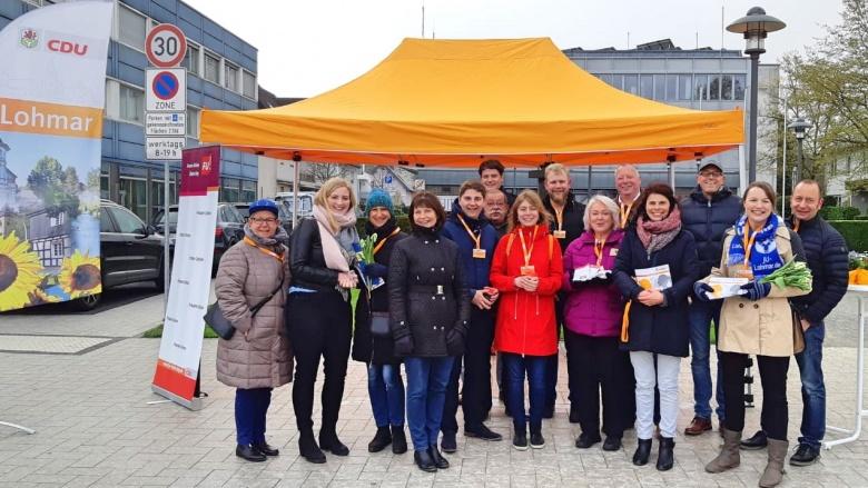 Im Team für die CDU unterwegs: Infostand der CDU Lohmar!