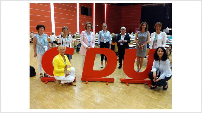 Unser Delegierten-Team des Rhein-Sieg-Kreises mit unserer Landesvorsitzenden Ina Scharrenbach